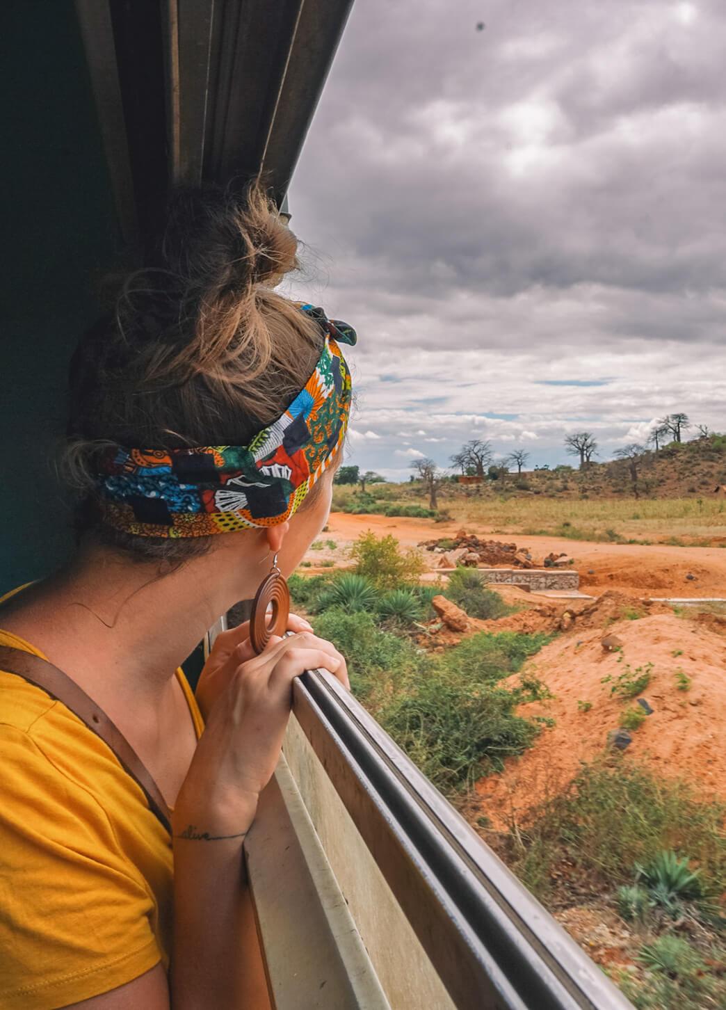voyage-train-headband-gombe